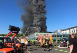 Millionenschaden nach Vollbrand eines Firmengebäudes