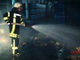Brand in Papplager eines Industriebetriebes