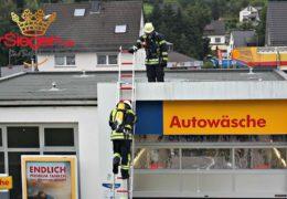 Feuerwehr rückte zu Brand in Tankstelle aus
